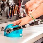 Klucz dynamometryczny – kiedy się przydaje i jak go używać prawidłowo?